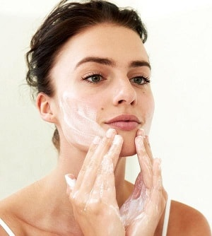 Gesichtsreinigung empfindliche Haut