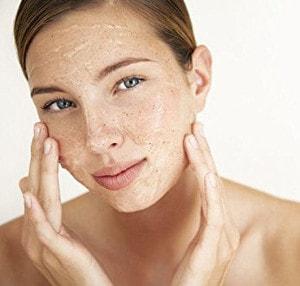 Poren verfeinern durch Peeling